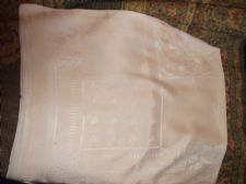 "GENUINE VINTAGE SOFT PEACHY PINK TABLECLOTH SILKY FINISH THREAD 46"" X 52"""